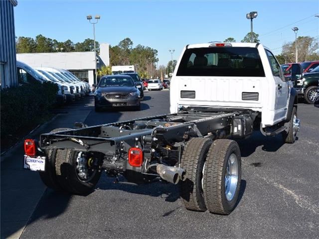 2017 F-550 Regular Cab DRW, Cab Chassis #27601 - photo 2