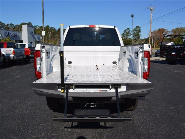 2017 F-250 Crew Cab 4x4, Pickup #27651 - photo 8
