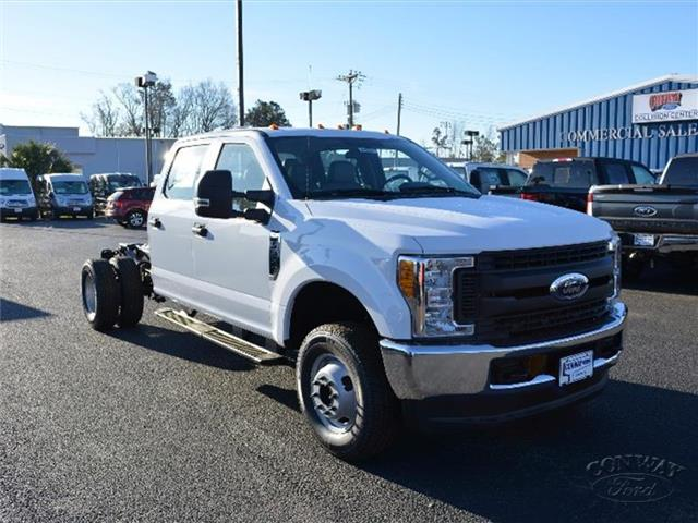 2017 F-350 Crew Cab DRW 4x4, Cab Chassis #27660 - photo 3