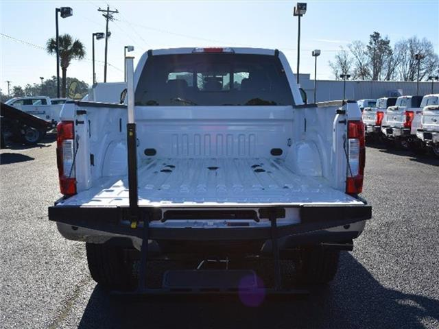 2017 F-250 Crew Cab 4x4, Pickup #27679 - photo 10
