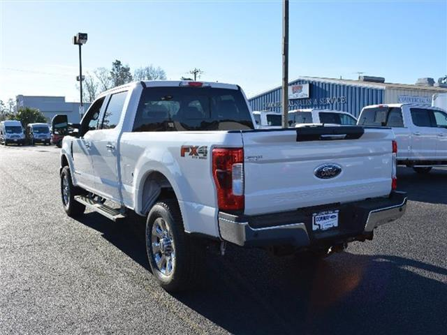 2017 F-250 Crew Cab 4x4, Pickup #27679 - photo 2