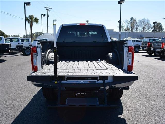 2017 F-250 Crew Cab 4x4, Pickup #27718 - photo 8
