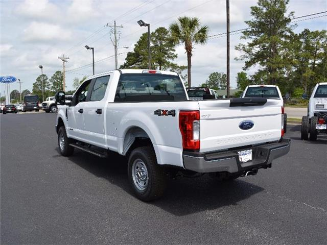 2017 F-250 Crew Cab 4x4, Pickup #27759 - photo 2