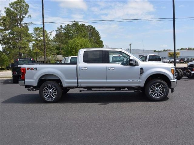 2017 F-250 Crew Cab 4x4, Pickup #27791 - photo 4