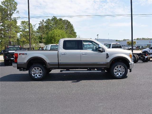 2017 F-250 Crew Cab 4x4, Pickup #27792 - photo 4