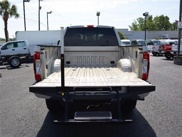 2017 F-250 Crew Cab 4x4, Pickup #27792 - photo 7