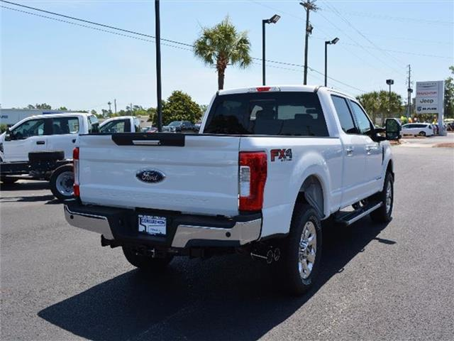 2017 F-250 Crew Cab 4x4, Pickup #27862 - photo 2
