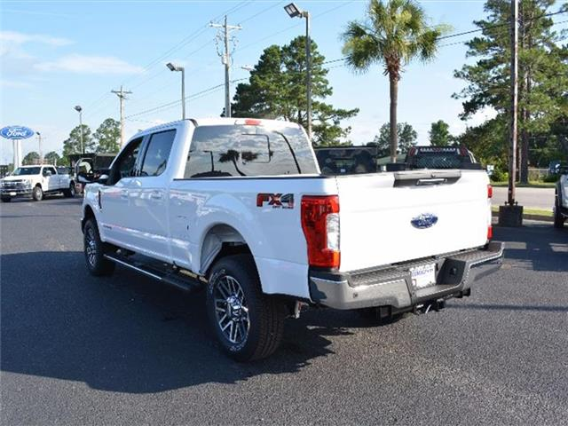 2017 F-250 Crew Cab 4x4, Pickup #27885 - photo 4