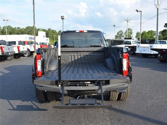 2017 F-350 Crew Cab DRW 4x4, Pickup #27892 - photo 8