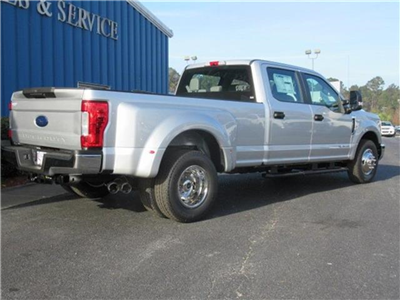 2017 F-350 Crew Cab DRW Pickup #28260 - photo 2