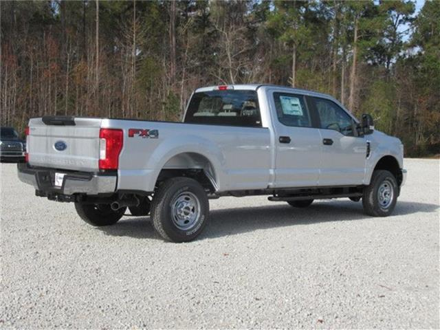 2018 F-250 Crew Cab 4x4, Pickup #28291 - photo 2