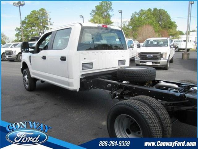 2018 F-350 Crew Cab DRW 4x4, Cab Chassis #28292 - photo 36