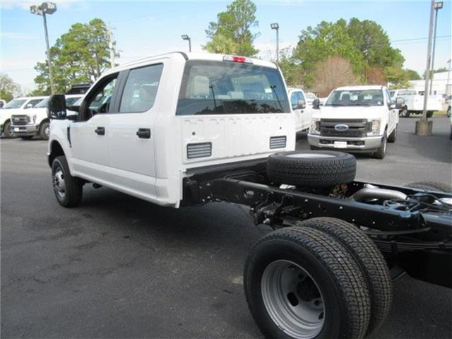 2018 F-350 Crew Cab DRW 4x4, Cab Chassis #28292 - photo 7