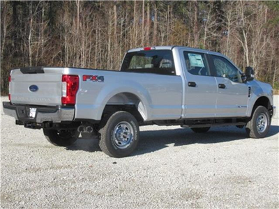 2018 F-350 Crew Cab 4x4, Pickup #28321 - photo 4