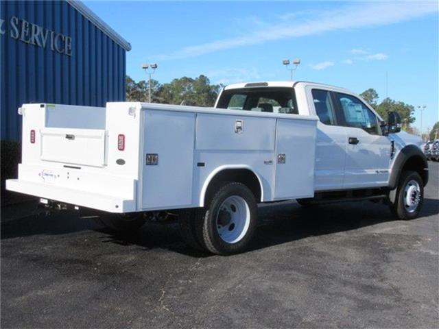 2017 F-450 Super Cab DRW 4x4, Reading Service Body #28337 - photo 2