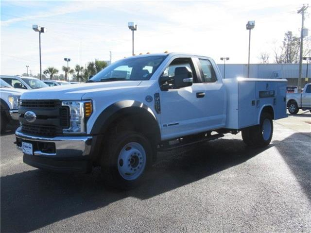 2017 F-450 Super Cab DRW 4x4, Reading Service Body #28337 - photo 7