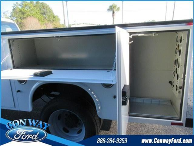 2017 F-450 Crew Cab DRW 4x4, Knapheide Service Body #28412 - photo 24