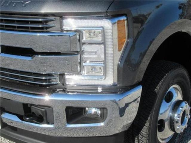 2018 F-350 Crew Cab DRW 4x4, Pickup #28426 - photo 39