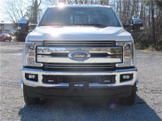 2018 F-350 Crew Cab DRW 4x4, Pickup #28434 - photo 39