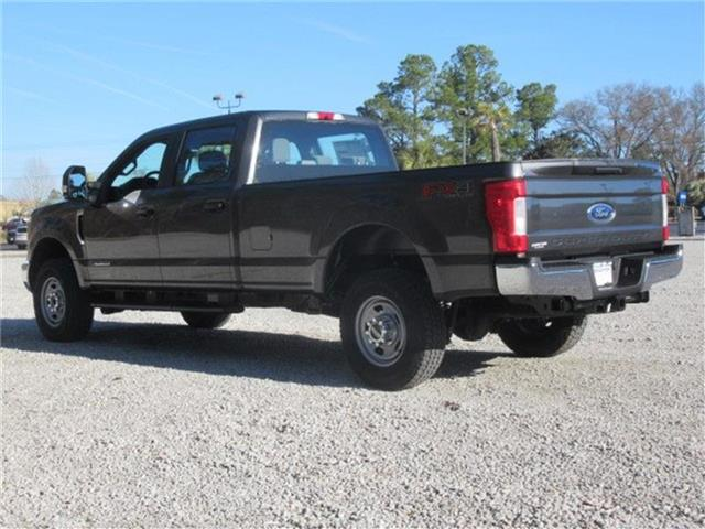 2018 F-350 Crew Cab 4x4, Pickup #28438 - photo 6