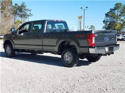 2018 F-250 Crew Cab 4x4, Pickup #28502 - photo 2