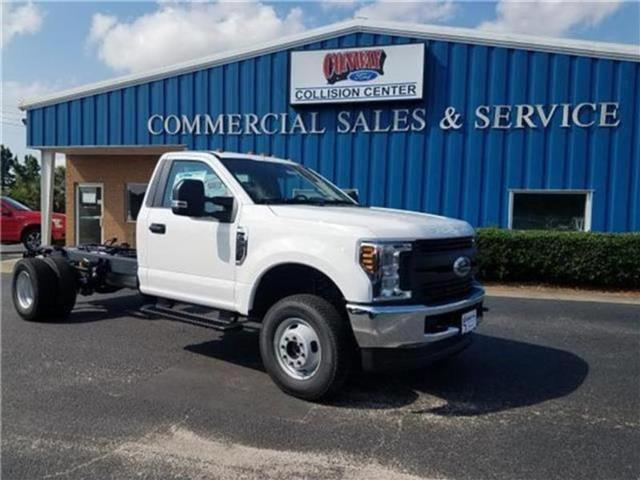 2018 F-350 Regular Cab DRW 4x4,  Cab Chassis #28820 - photo 33