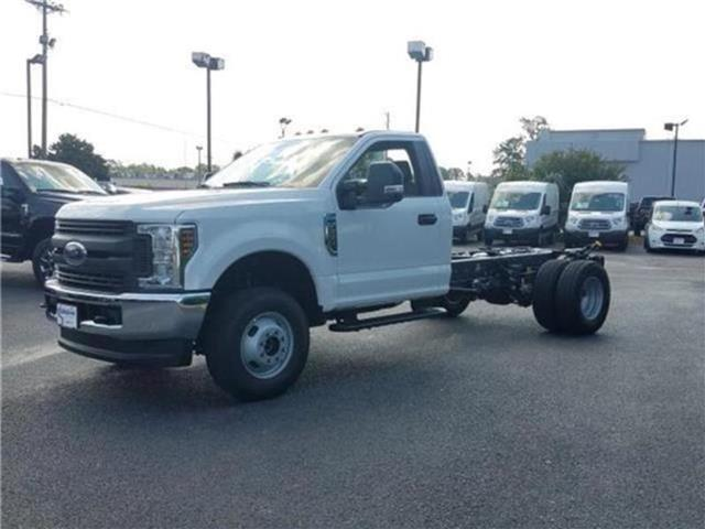 2018 F-350 Regular Cab DRW 4x4,  Cab Chassis #28820 - photo 38