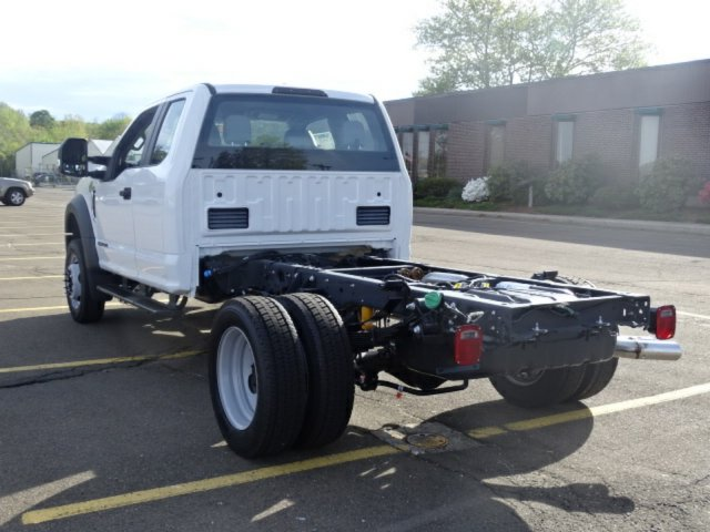 2017 F-550 Super Cab DRW 4x4, Cab Chassis #27T288 - photo 3