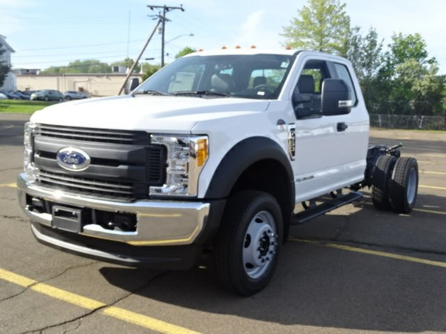 2017 F-550 Super Cab DRW 4x4, Cab Chassis #27T288 - photo 4