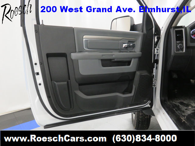 2017 Ram 5500 Regular Cab DRW, Cab Chassis #13471 - photo 18