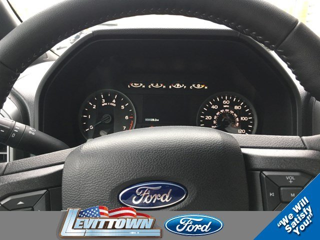 2017 F-150 Crew Cab 4x4 Pickup #12506 - photo 8