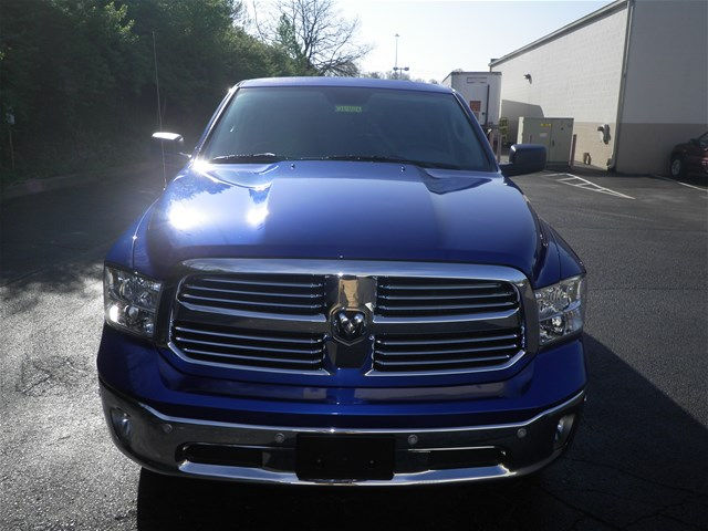 2015 Ram 1500 Crew Cab 4x4, Pickup #K26402A - photo 8