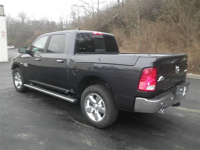 2017 Ram 1500 Crew Cab 4x4, Pickup #K26452 - photo 2
