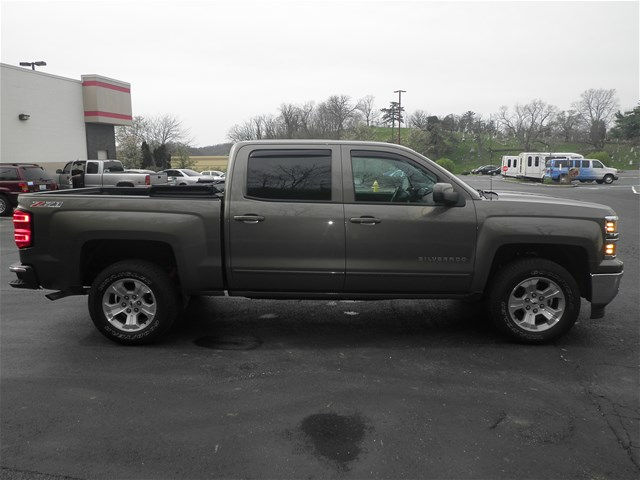 2015 Silverado 1500 Crew Cab 4x4, Pickup #KT6023 - photo 3