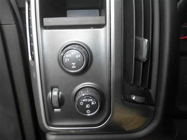 2015 Silverado 1500 Crew Cab 4x4, Pickup #KT6023 - photo 24