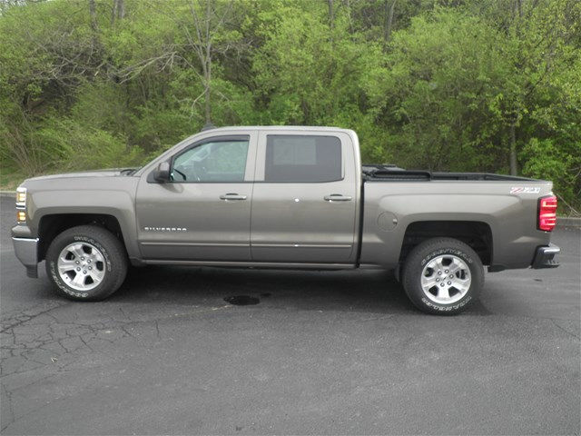 2015 Silverado 1500 Crew Cab 4x4, Pickup #KT6023 - photo 6
