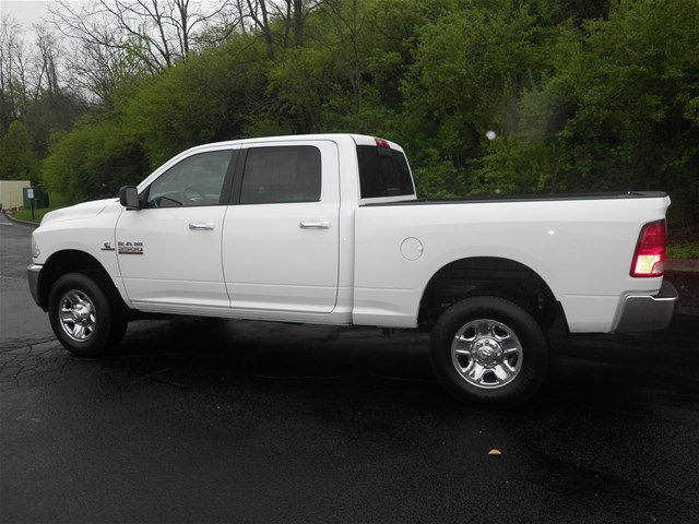 2017 Ram 2500 Crew Cab 4x4, Pickup #KT6032 - photo 5