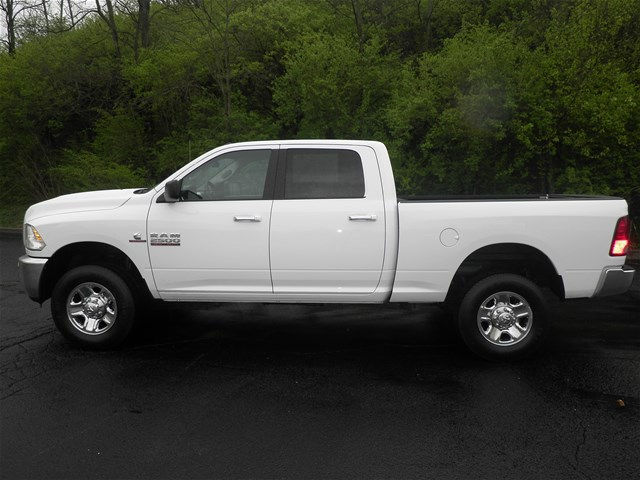 2017 Ram 2500 Crew Cab 4x4, Pickup #KT6032 - photo 6