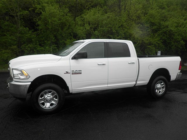 2017 Ram 2500 Crew Cab 4x4, Pickup #KT6032 - photo 7