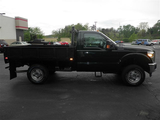 2013 F-250 Regular Cab 4x4, Cab Chassis #KT6034 - photo 3