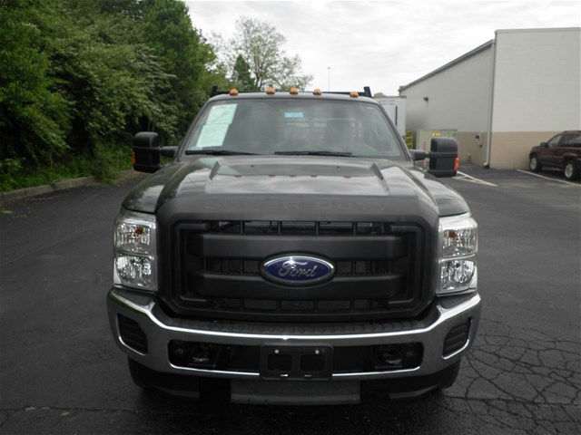 2013 F-250 Regular Cab 4x4, Cab Chassis #KT6034 - photo 8