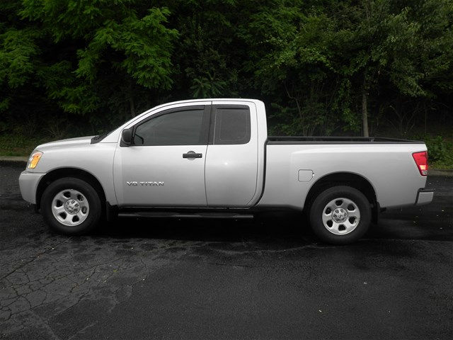 2015 Titan, Pickup #KT6212 - photo 6