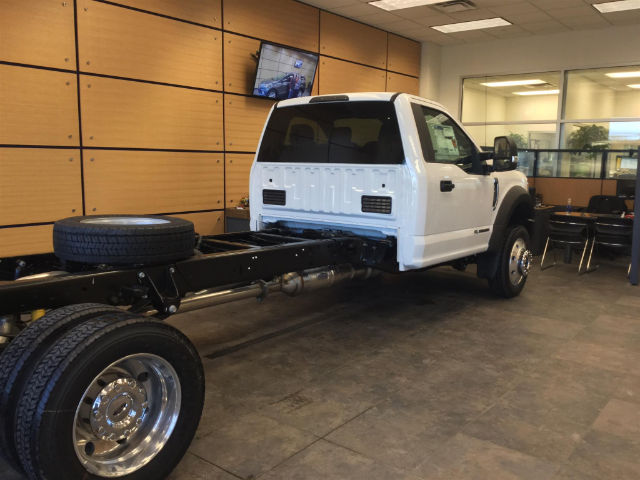 2017 F-450 Regular Cab DRW 4x4 Cab Chassis #171893 - photo 8