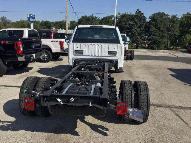 2017 F-550 Regular Cab DRW 4x4 Cab Chassis #172846 - photo 2