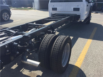 2017 F-550 Regular Cab DRW Cab Chassis #172848 - photo 5