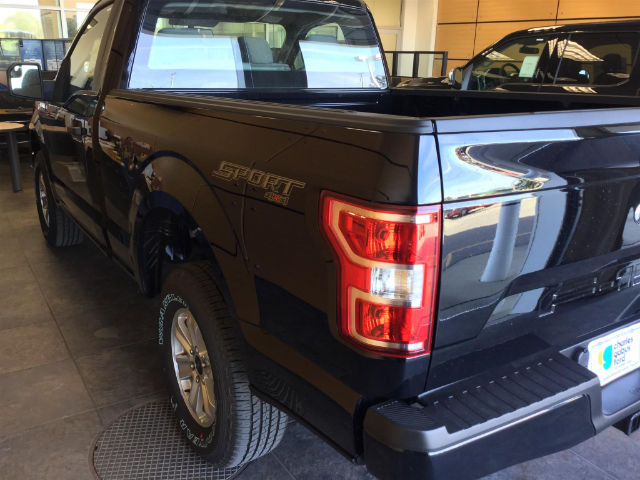 2018 F-150 Regular Cab 4x4 Pickup #181173 - photo 5