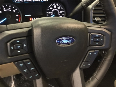 2018 F-150 Super Cab 4x4, Pickup #181601 - photo 16