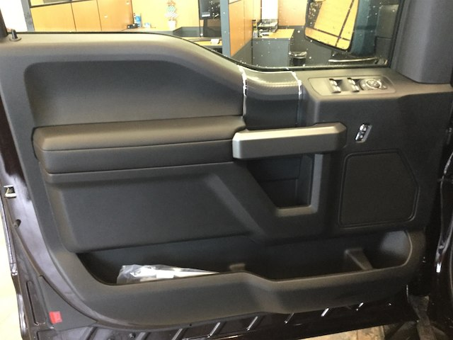 2018 F-150 Super Cab 4x4, Pickup #181635 - photo 10