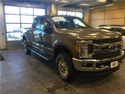 2018 F-350 Crew Cab 4x4, Pickup #181711 - photo 3