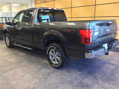 2018 F-150 Super Cab 4x4, Pickup #182054 - photo 2